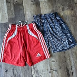 Adidas UA shorts youth S